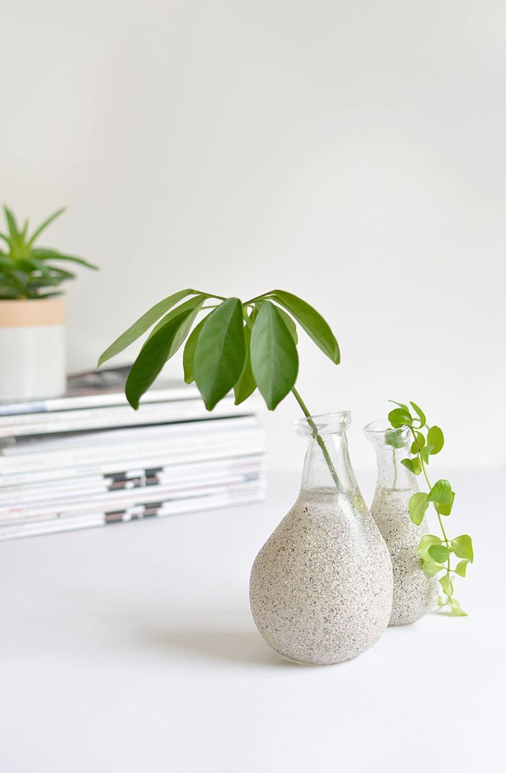 DIY Speckled Vase
