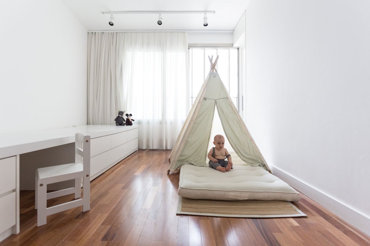 Enseada House in Brazil kid bedroom