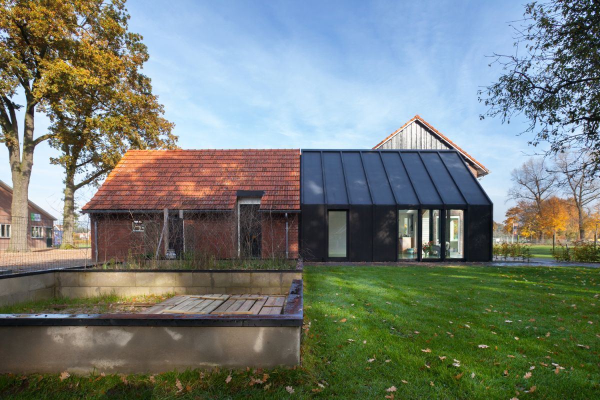 Farmhouse Renovation By Bureau Fraai Barn Half And