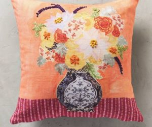 25 Throw Pillows: Spring Edition