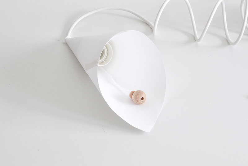 Folding paper with beads for lamp
