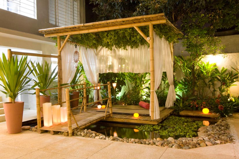Hanging plants pergola & 10 Ways to Decorate Your Pergola