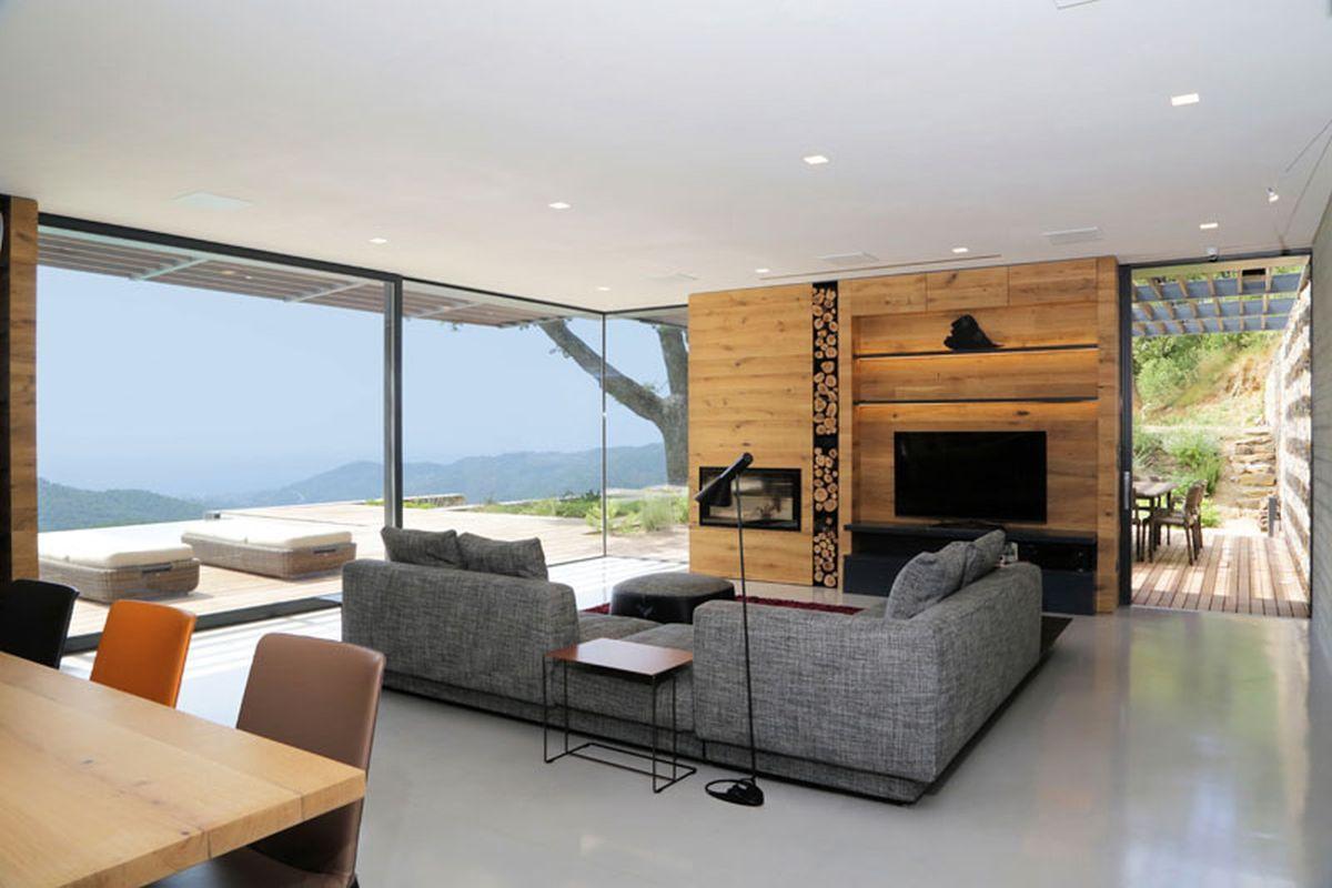 Hillside villa in Liguria interior living area