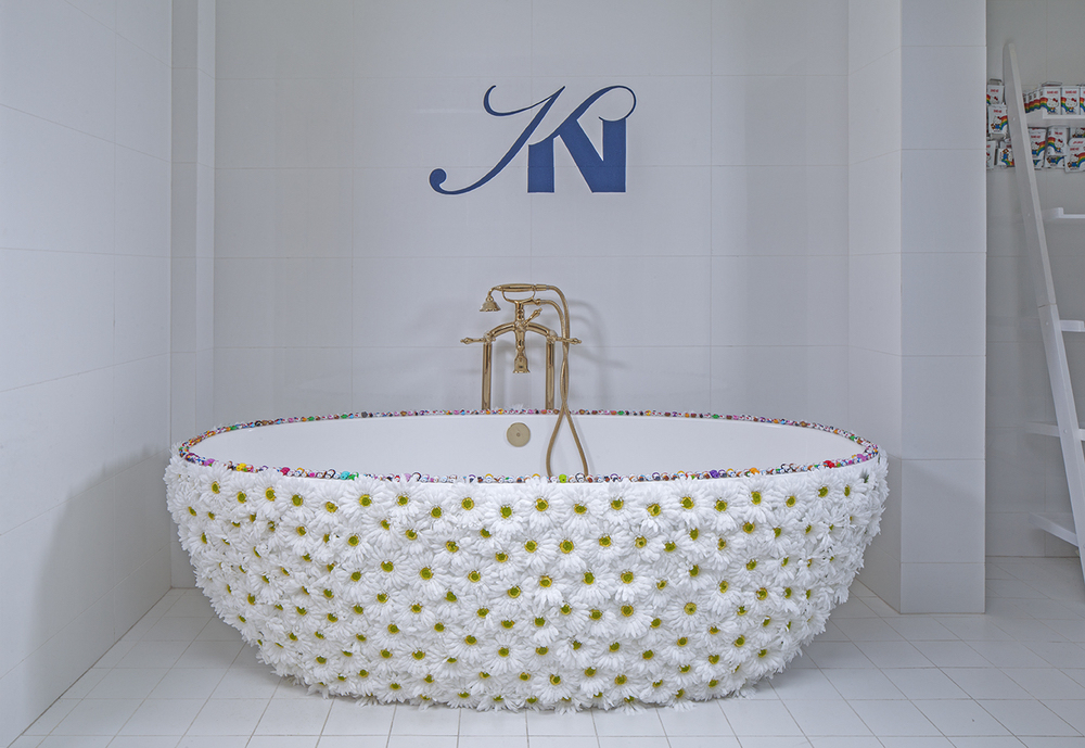 A Modern Take on an Old Concept: Freestanding Bathtubs