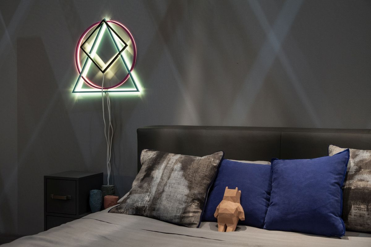 LED sign instead of bedroom lamps