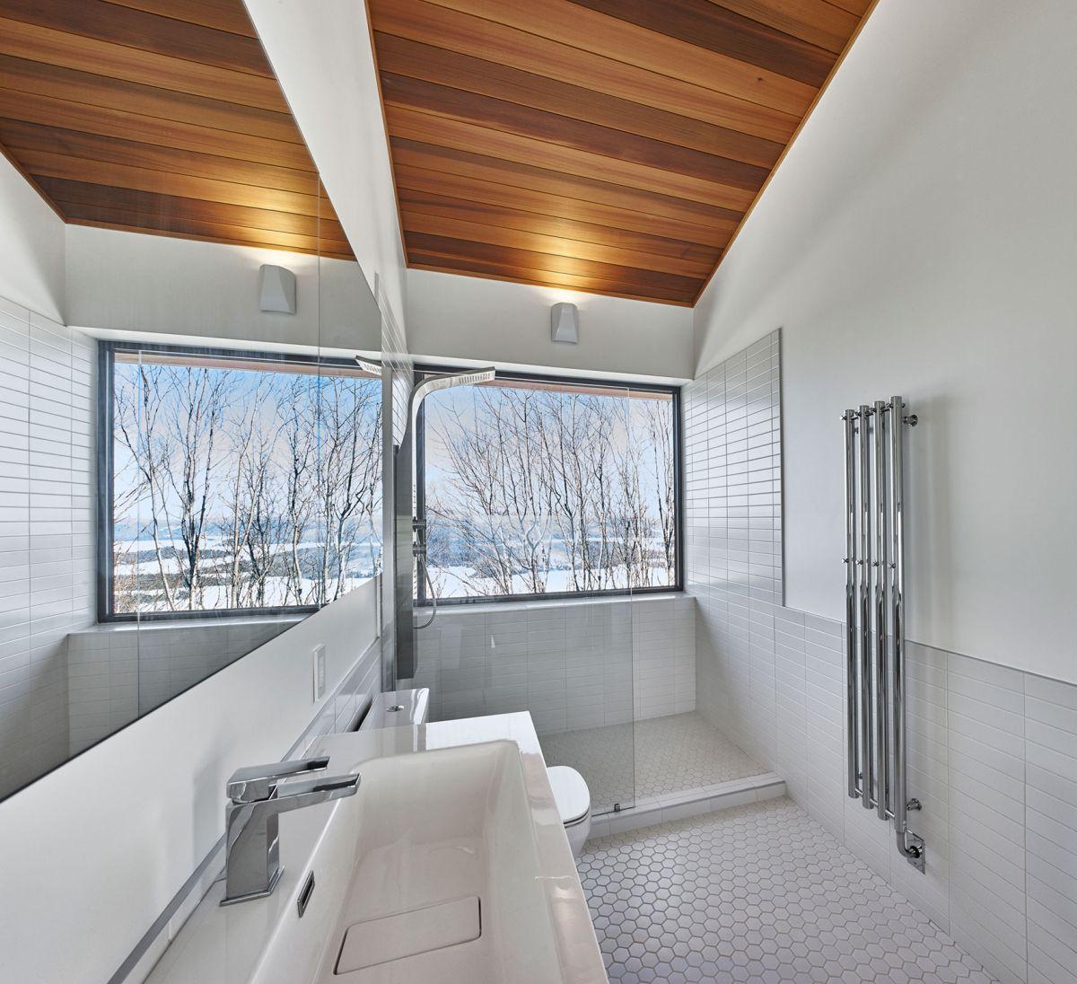 Laurentian ski chalet bathroom shower