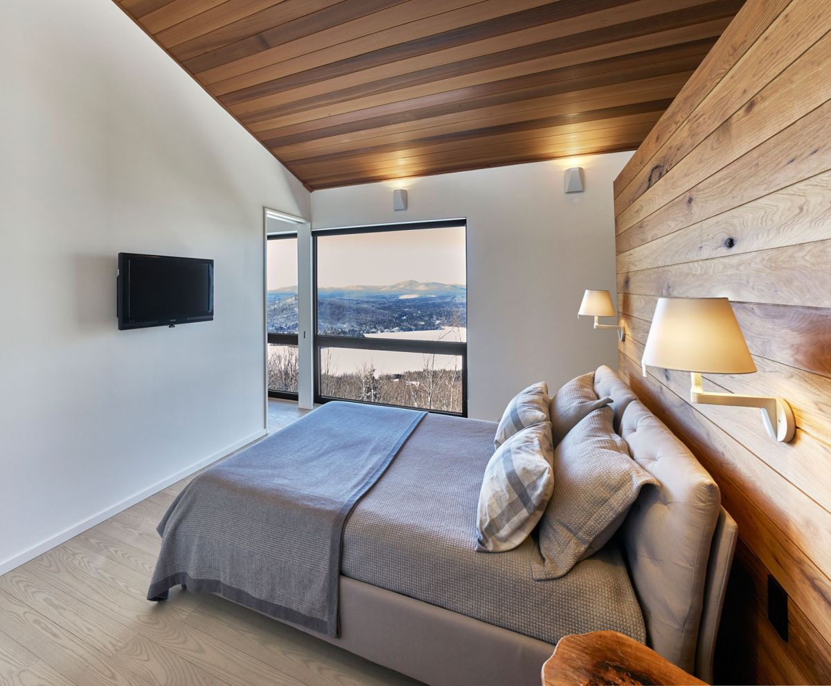 Laurentian ski chalet master bedroom window