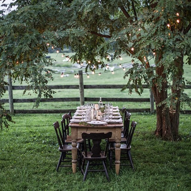 Magnificent 10 Amazing Outdoor Tablescapes To Make You The Best Host Ever Beutiful Home Inspiration Ommitmahrainfo