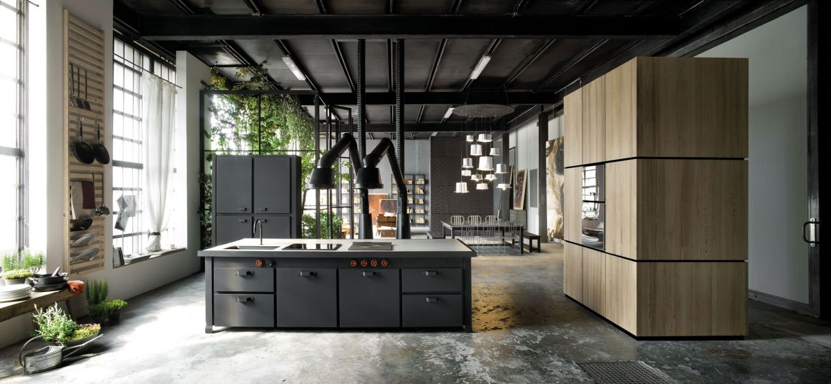 Loft Micassiolo in Milan metal and wood