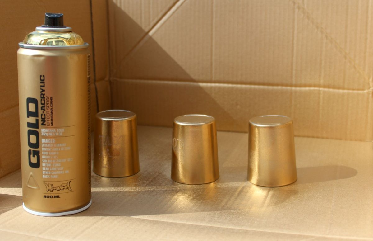 Metallic-Votives-Step-1