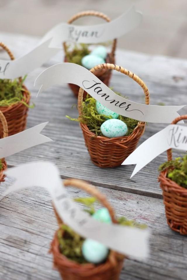 Mini basket place cards