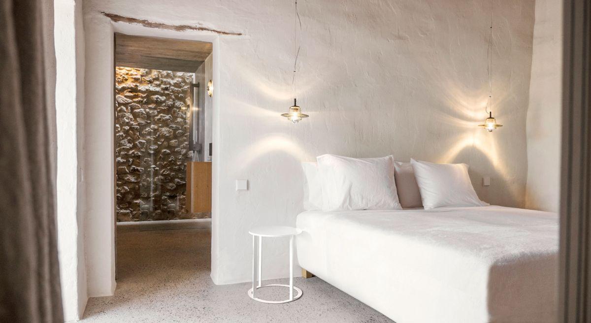 Modern Finca Can Basso transformation bedroom modern interior