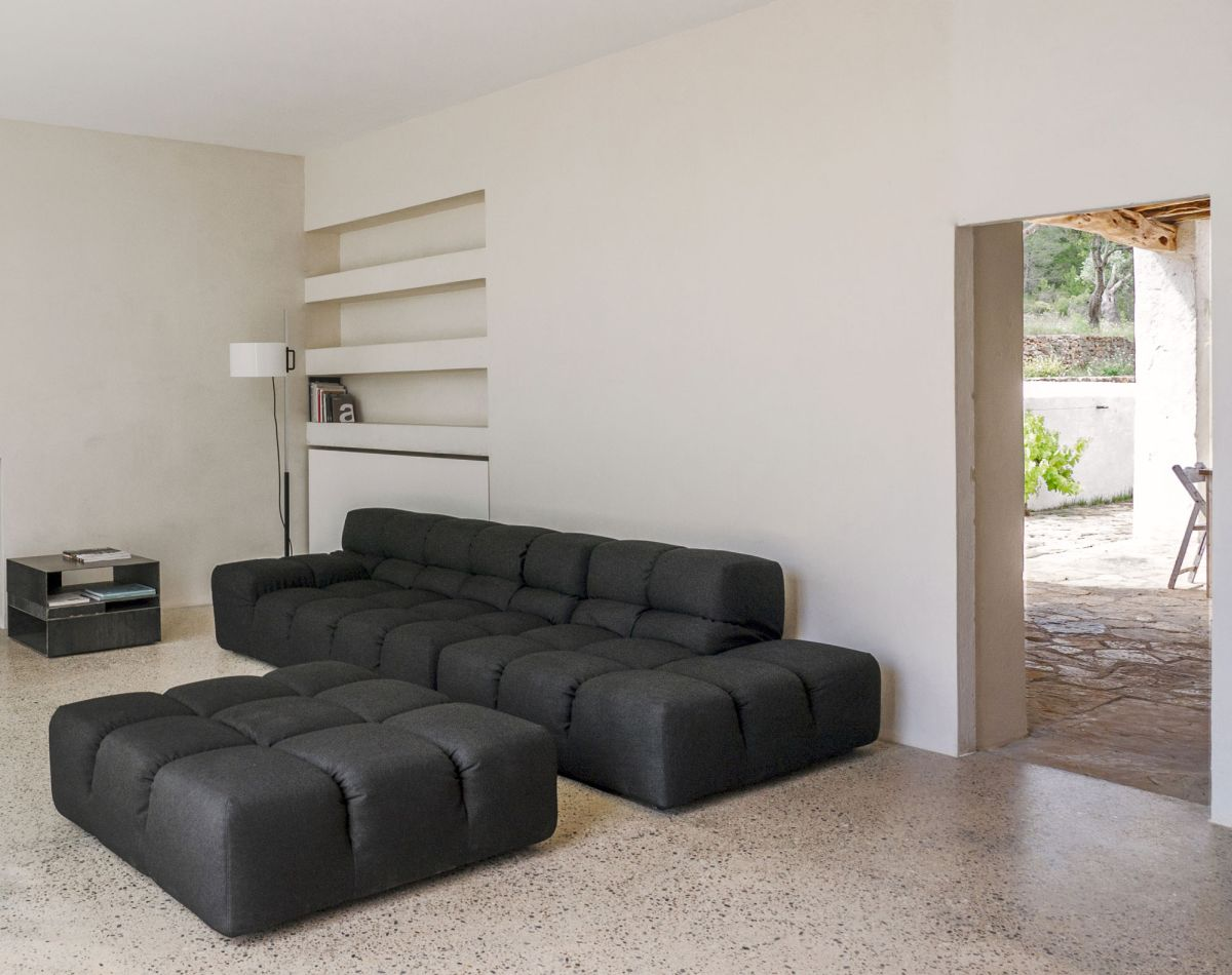 Modern Finca Can Basso transformation living room