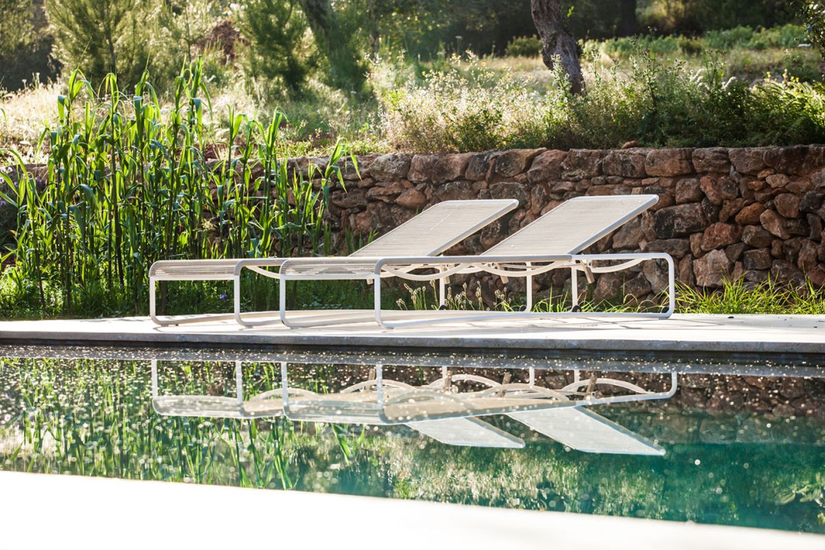 Modern Finca Can Basso transformation poolside lounge
