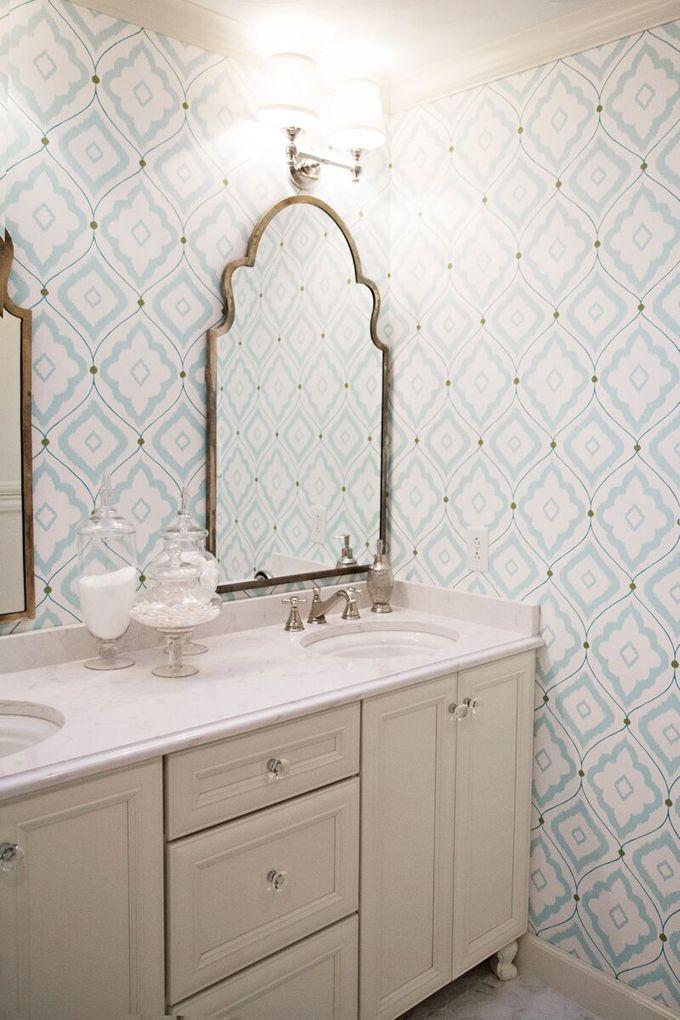 Pattern bathroom wallpaper1