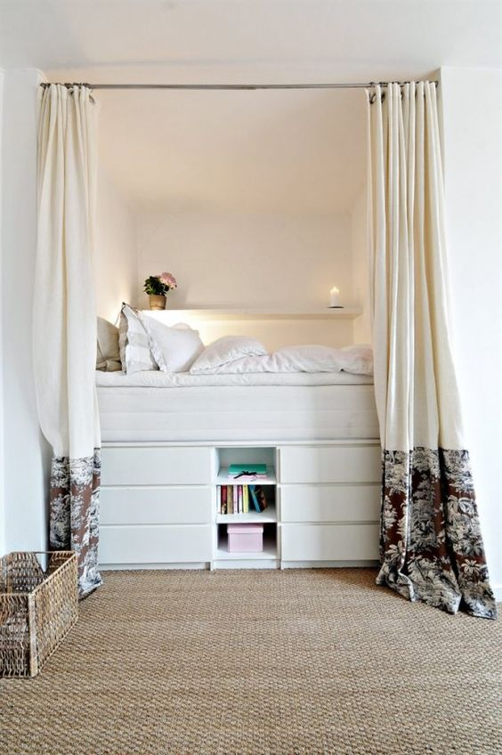 platform bed with storage under - Clever Storage Ideas For Small Bedrooms