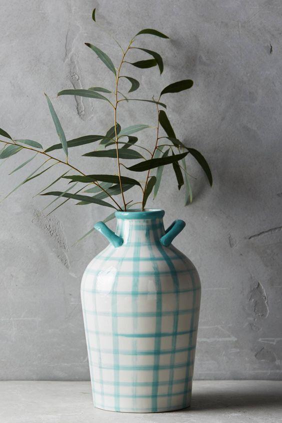 Printed jug vase