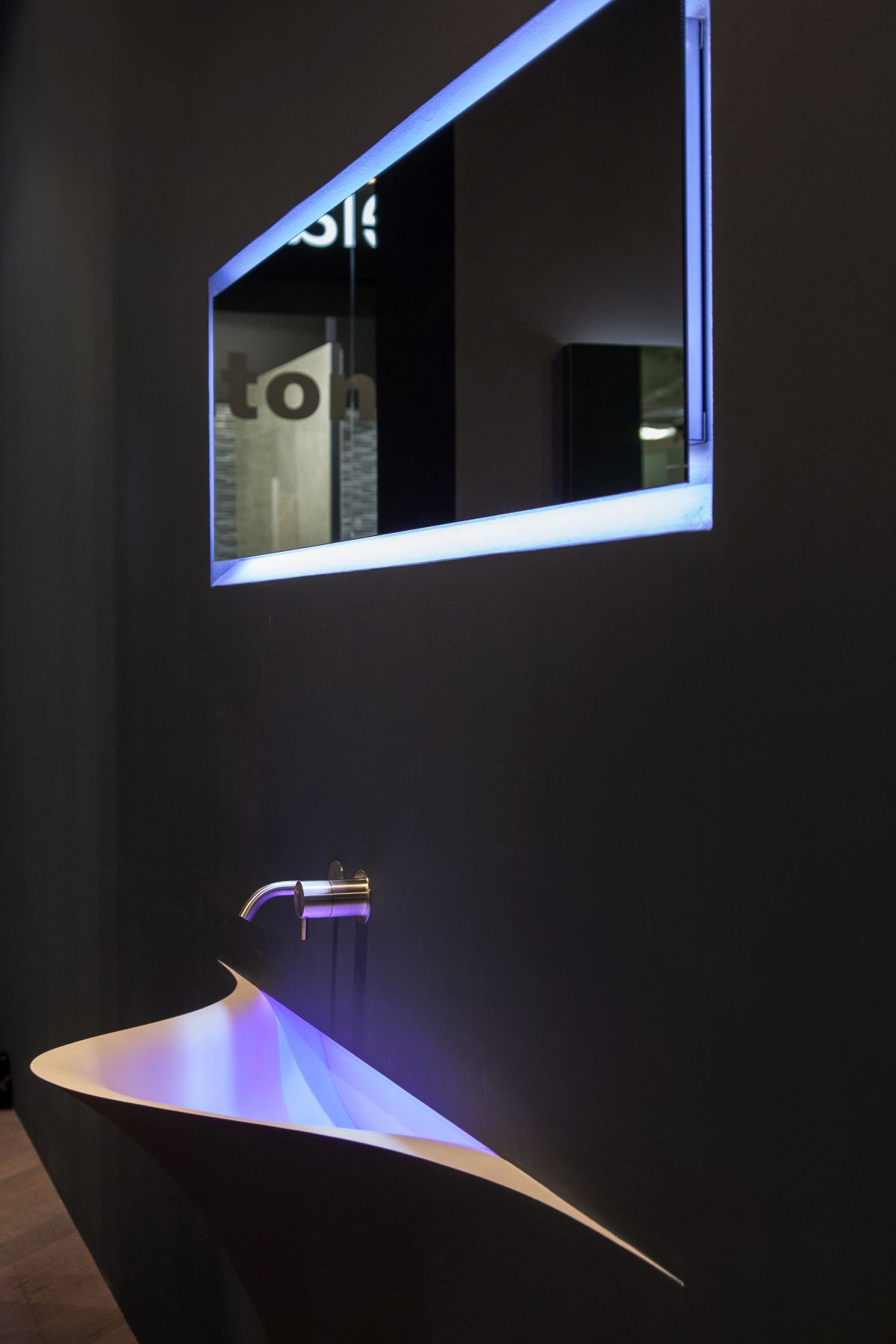 SILENZIO sink from antonio lupi