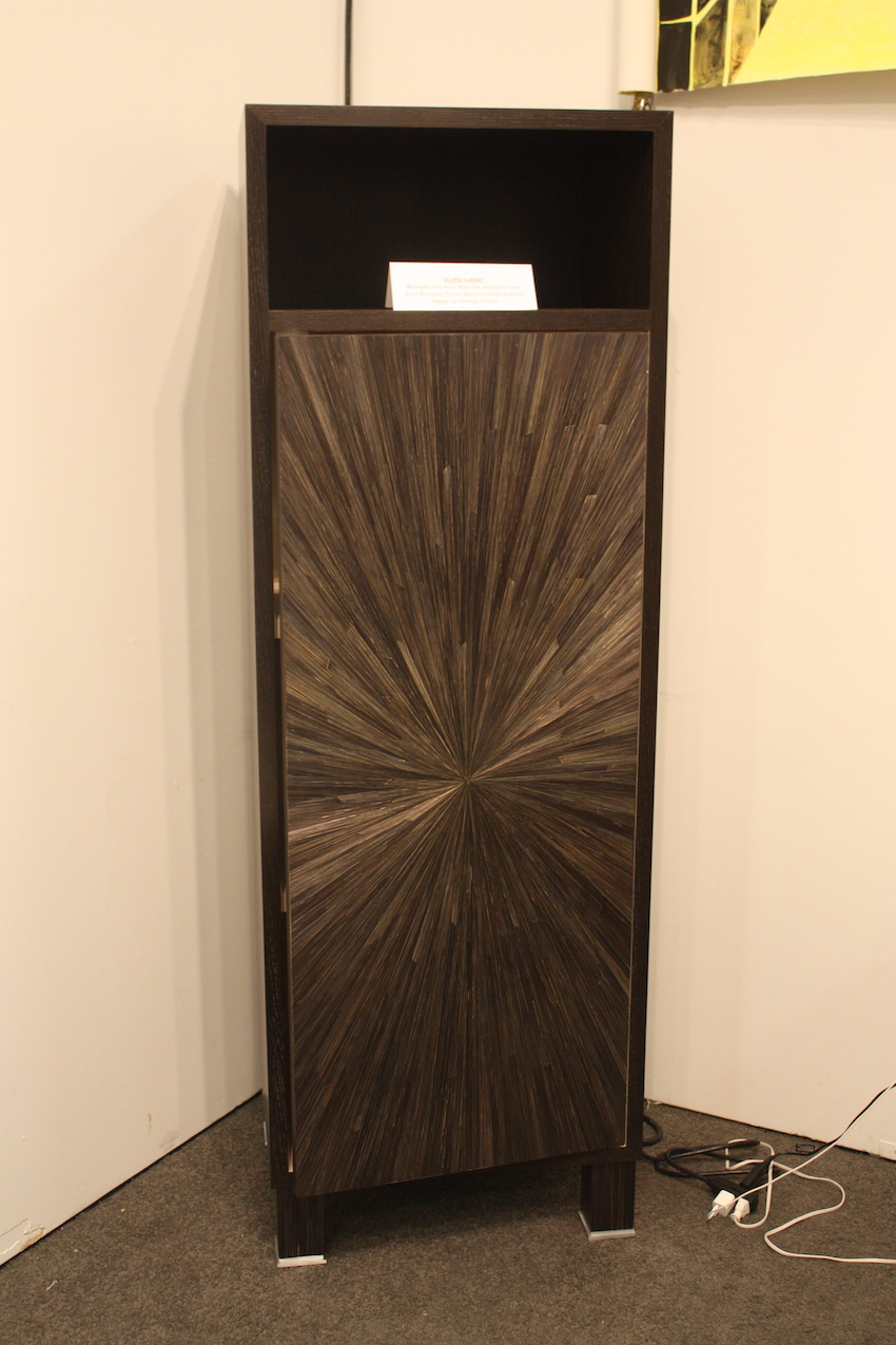 Salgado cabinet with straw design