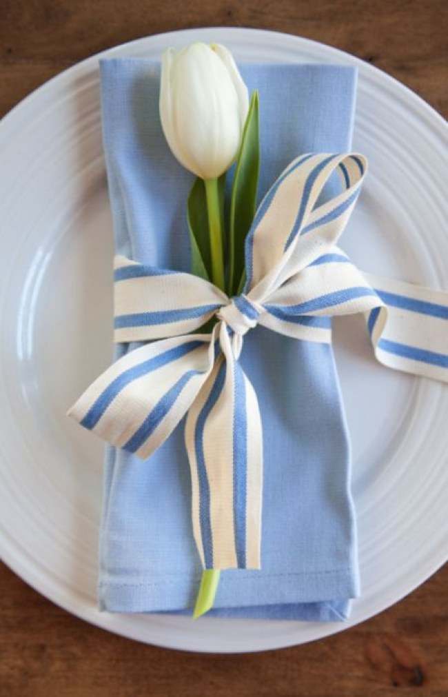 Serenity table linens
