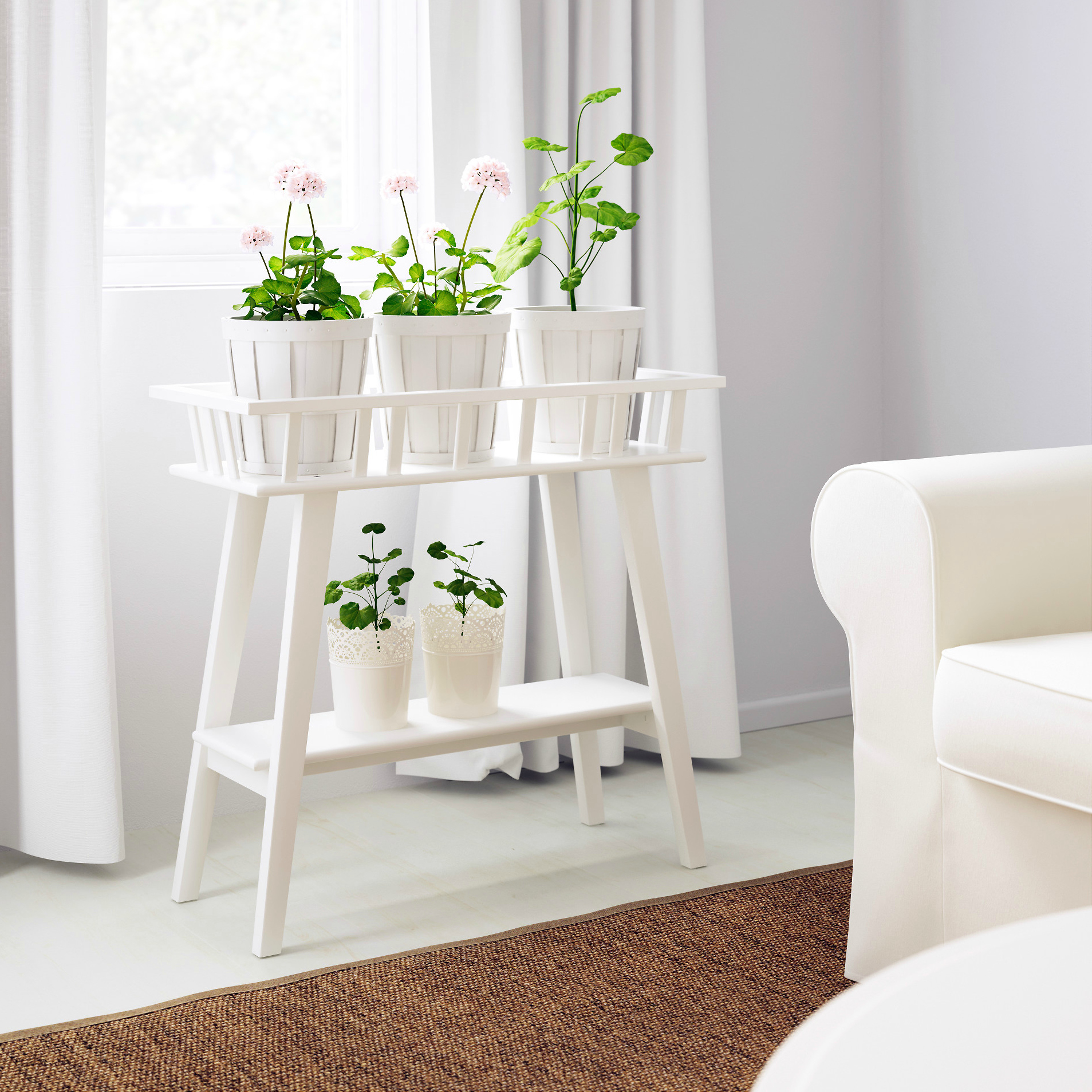 Side table plant stand