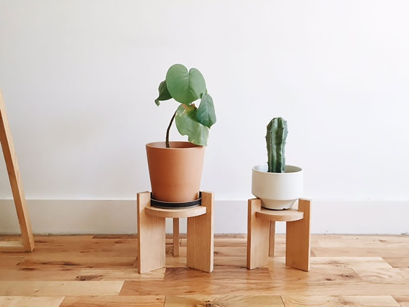 Small oak plant stand