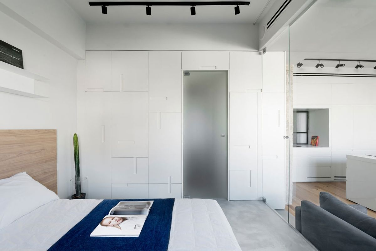 Tel Aviv apartment with Japanese design influences -first bedroom wall unit