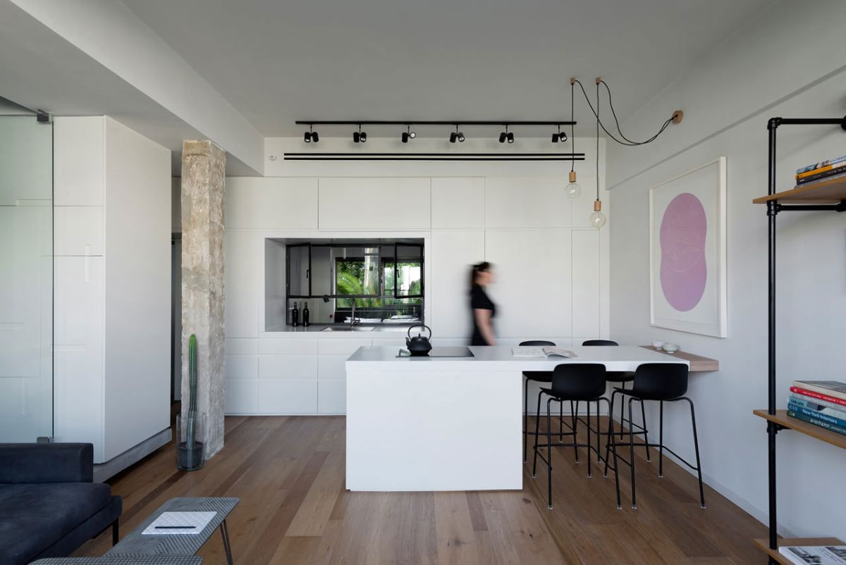 Tel Aviv apartment with Japanese design influences - kitchen and dining