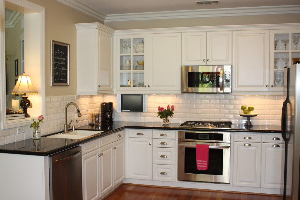 Dress your kitchen in style with some white subway tiles - Best white tile backsplash kitchen ...