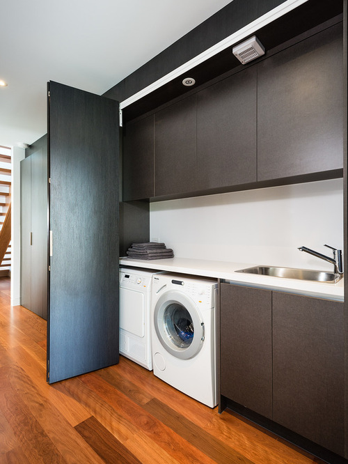 Traditional Modern Laundry Room