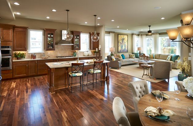Traditional open space floor plan