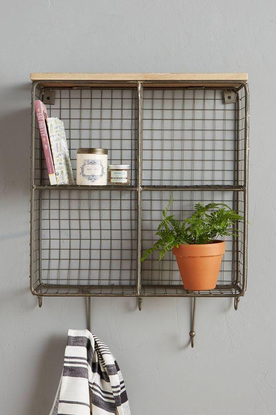 Wall shelf cubby