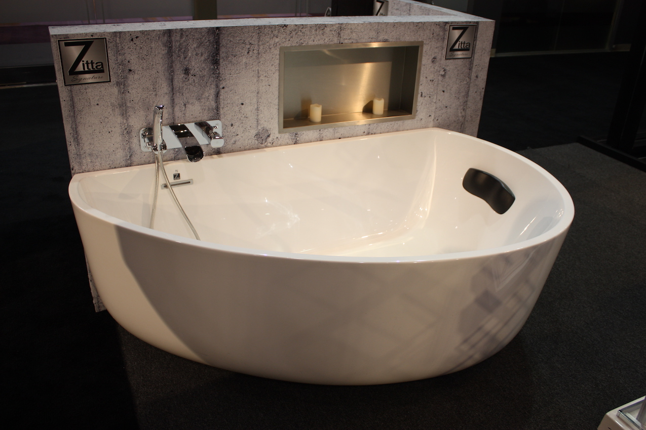 Zitta half tub. A Modern Take on an Old Concept  Freestanding Bathtubs