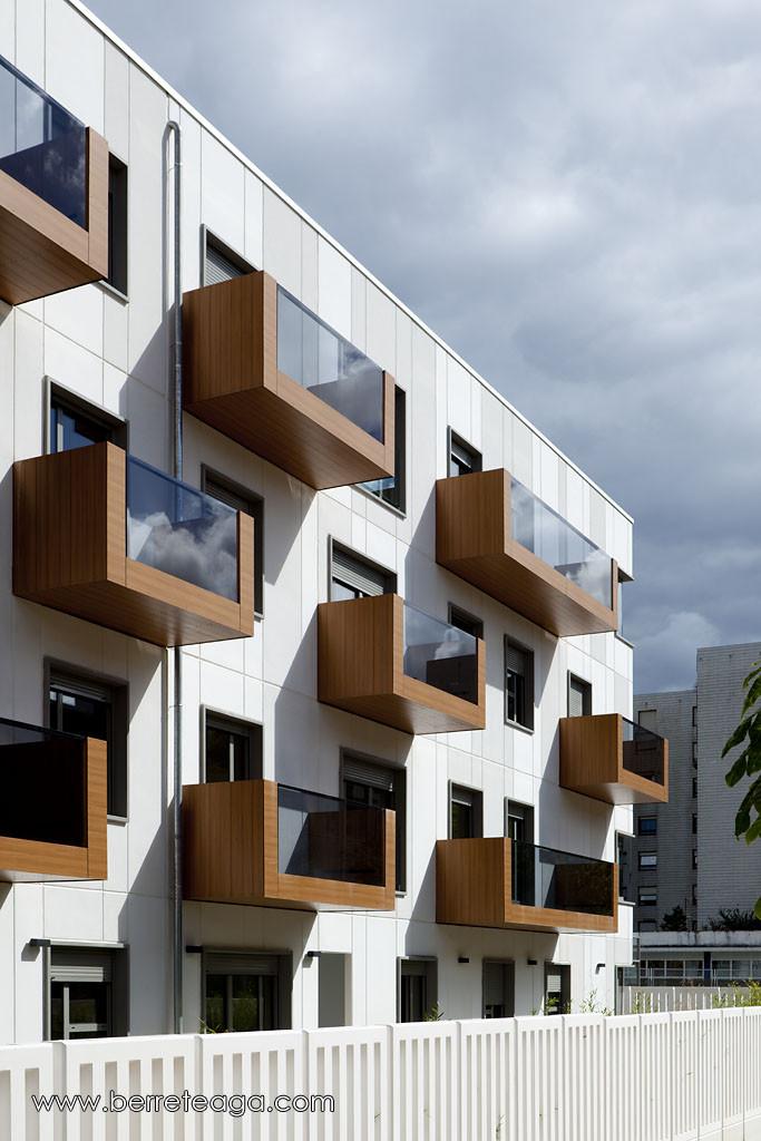 32 Fadura Dwellings Spain Angle Balcony