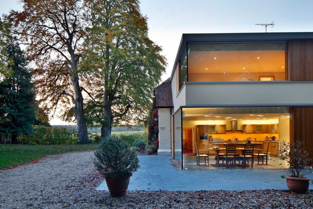 A Cantilevered Glazed Extension by Stephen Marshall Architects Porch