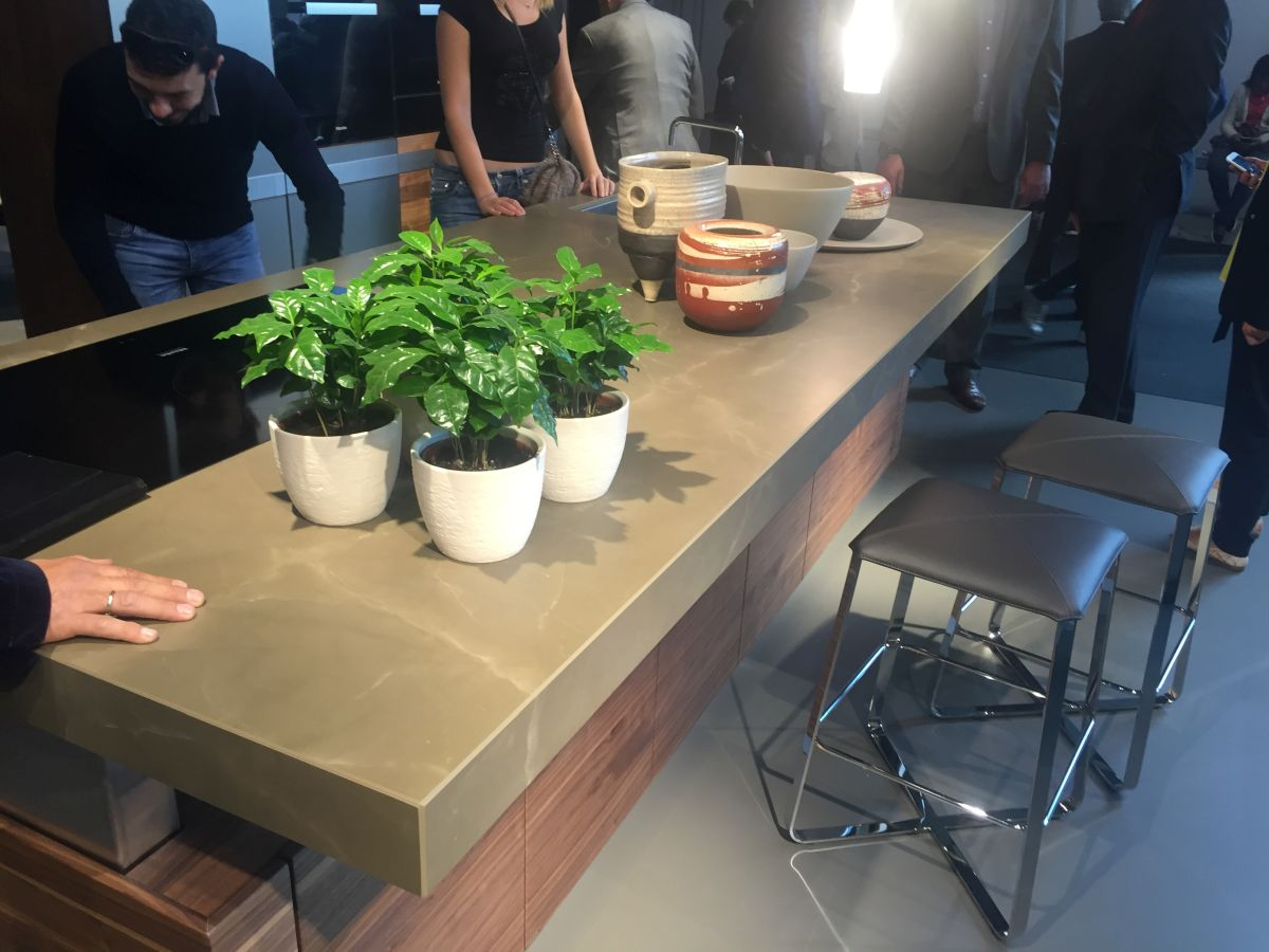 Add a touch of green to your kitchen counter