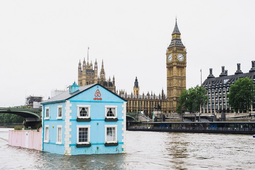 Airbnb floating house in London