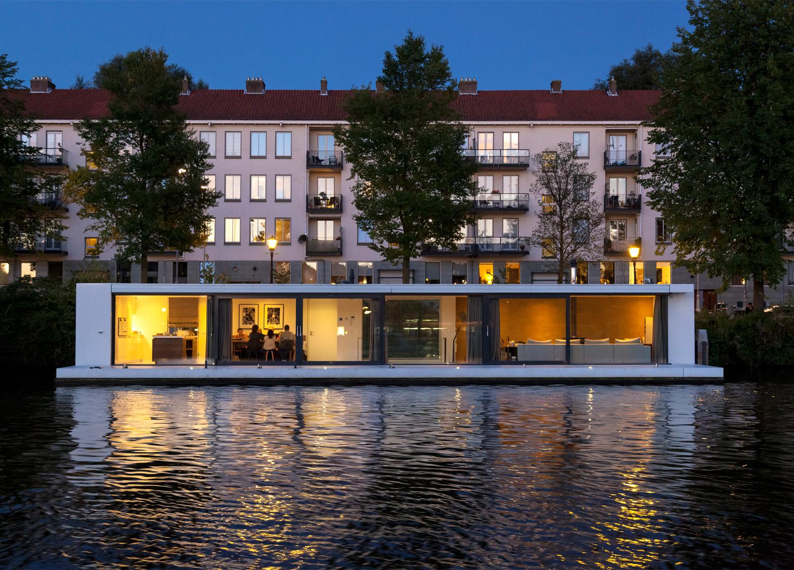 Amstel river house