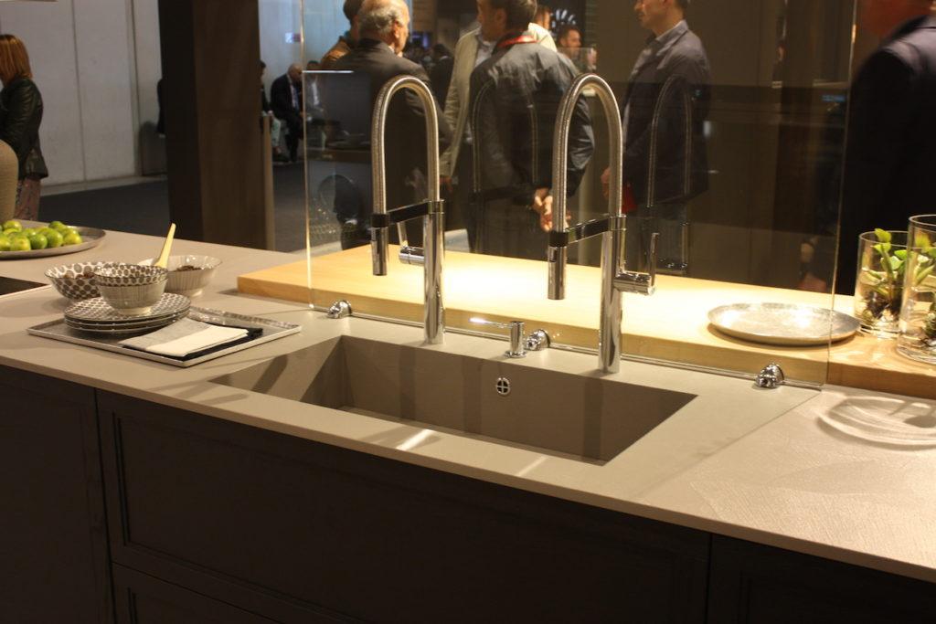 Arrex double faucet