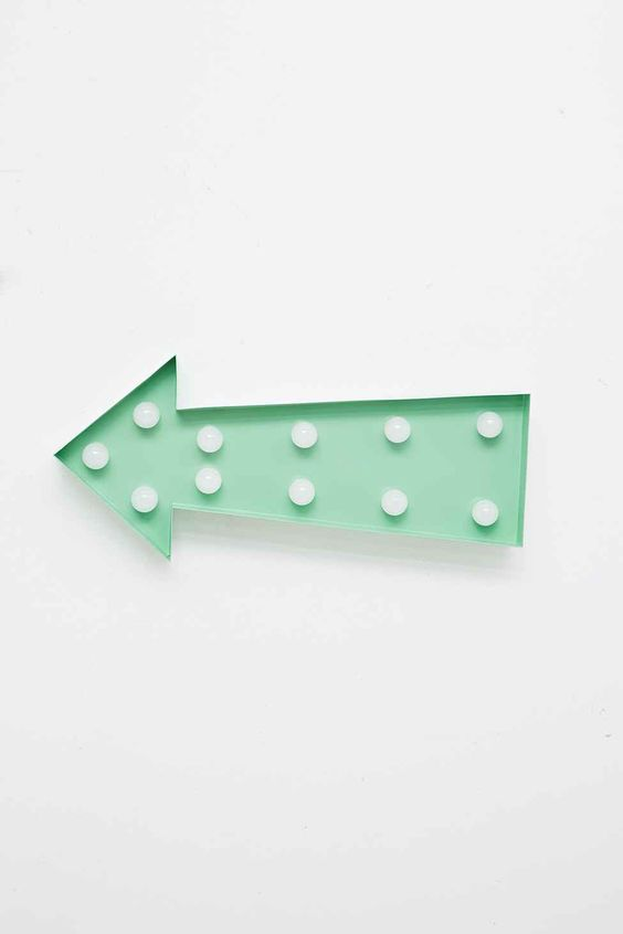 Arrow lamp sign in mint