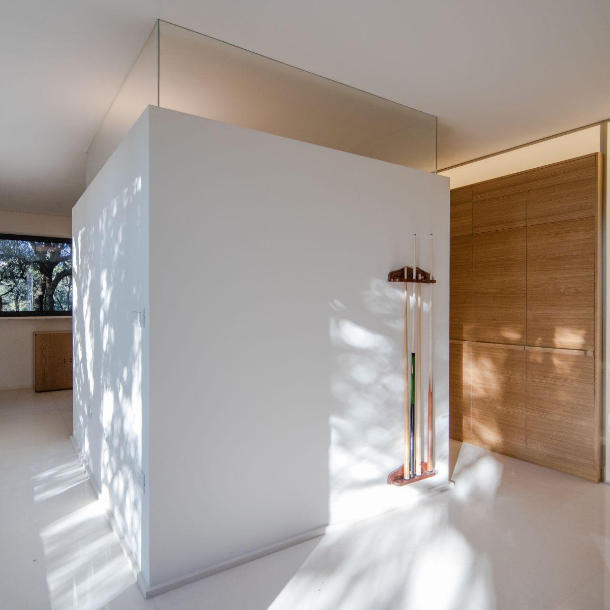 Casa nel Bosco compact cube volume