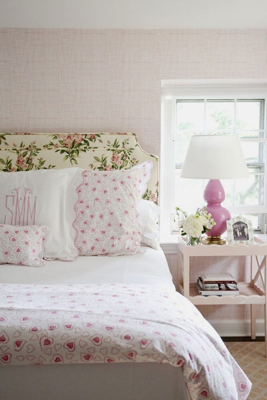 Chic feminene headboard