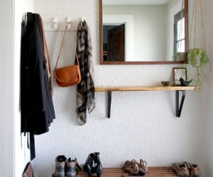 DIY Coat Rack – Tutorial and Inspiration