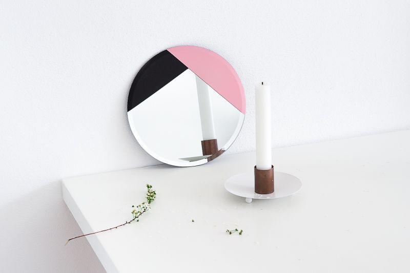 DIY Design-Inspired Modern Accent Mirror