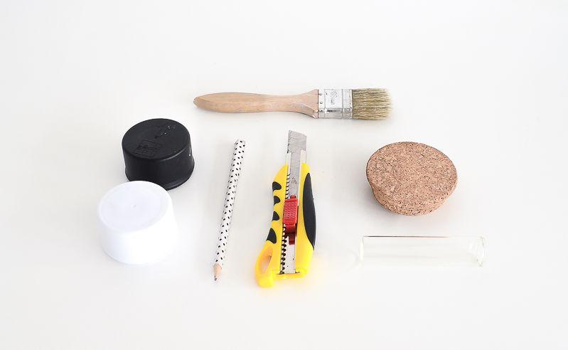 DIY Single Splatter Vase Materials