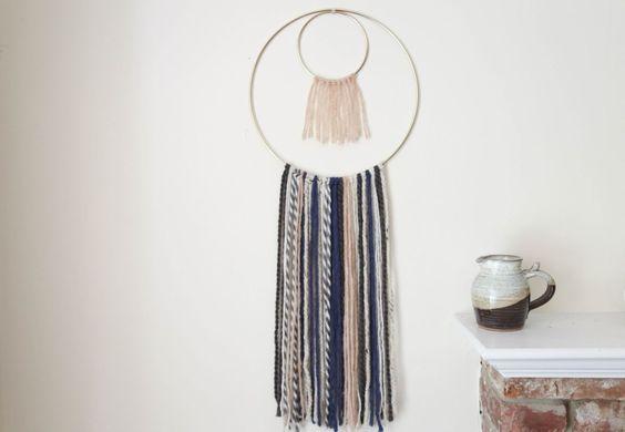 DIY circle yarn hanging