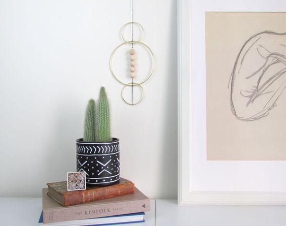 DIY minimal hanging