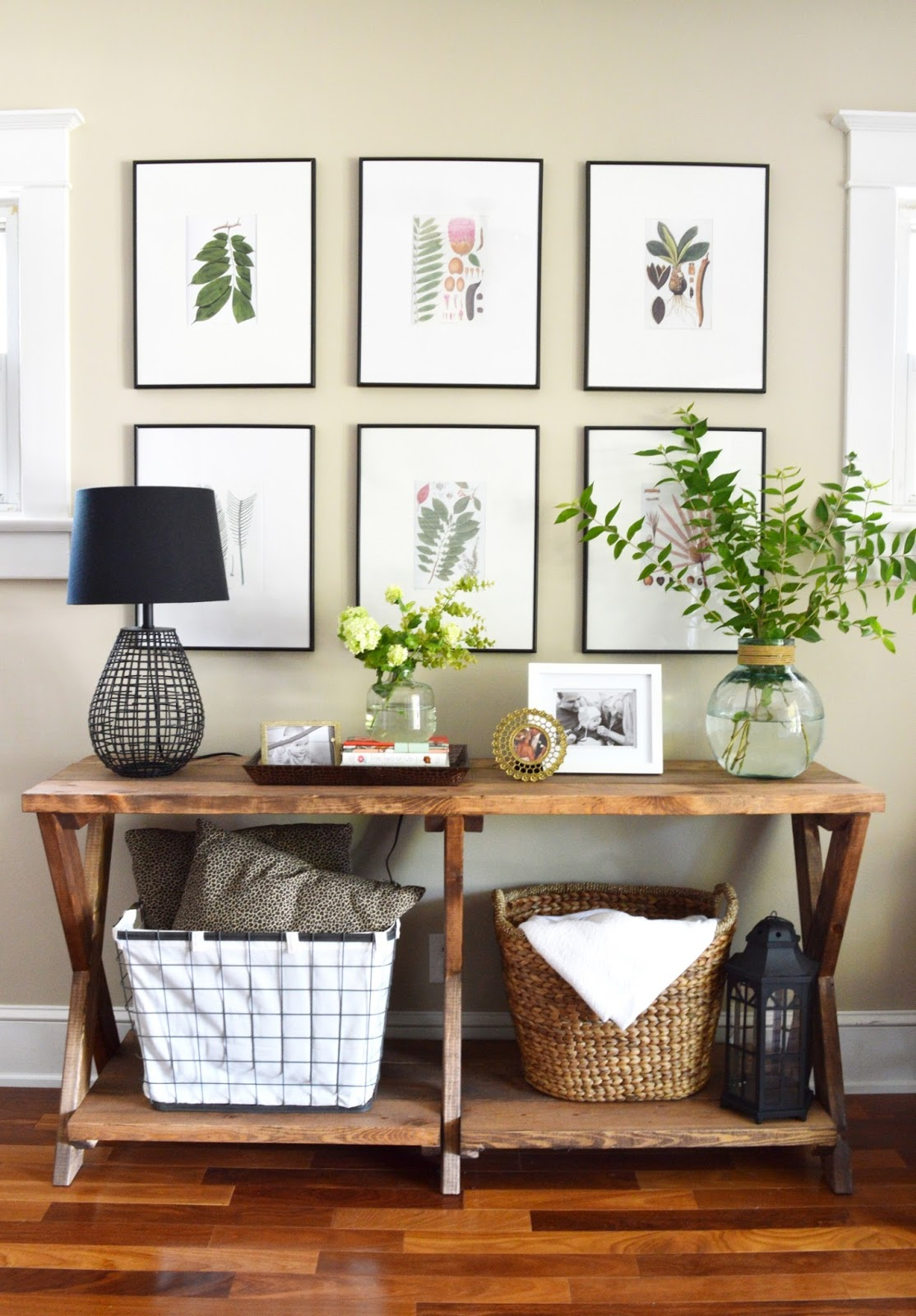 11 tips for styling your entryway table for Petite table decorative