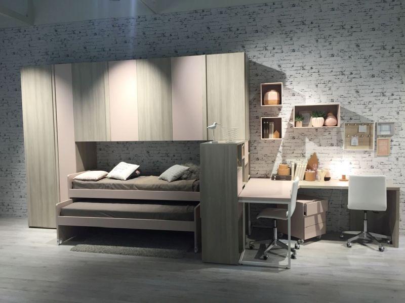 Desk and bunk beds system for kids room