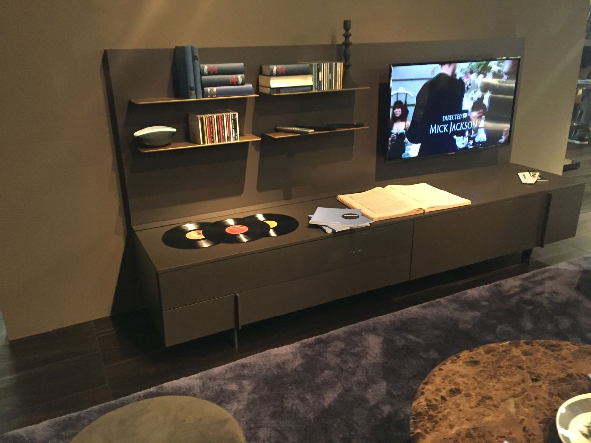 Floor TV System